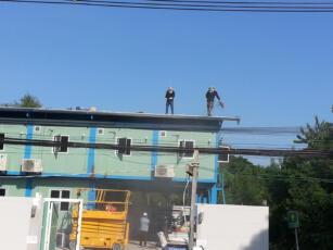 ติดตั้งโซล่ารูฟบนหลังคาโรงงาน HYQ 1.1
